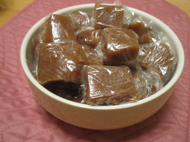 Super Yummy Vegan Caramels