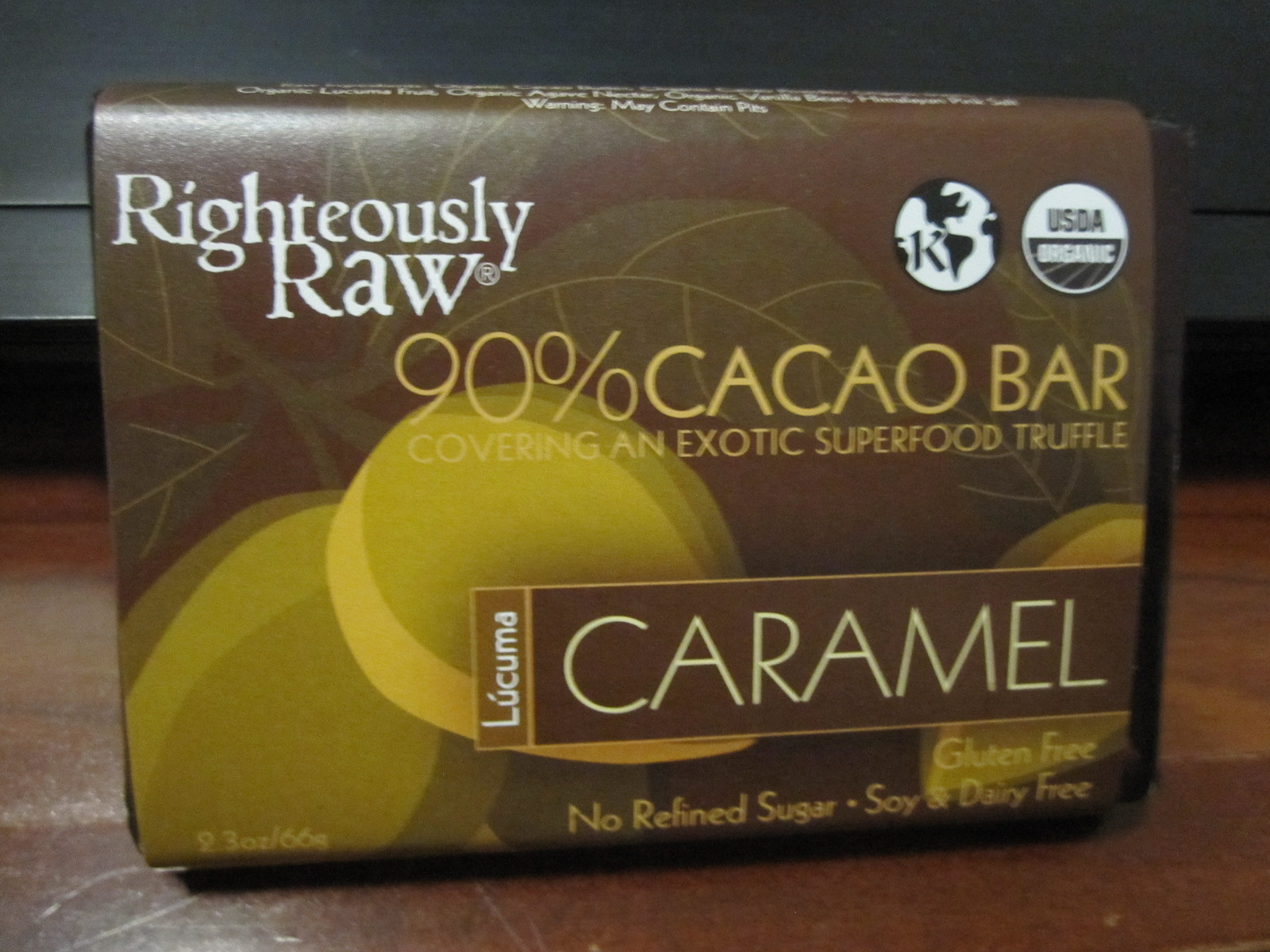 Accidentally Vegan: Righteously Raw Vegan Caramel Bar!