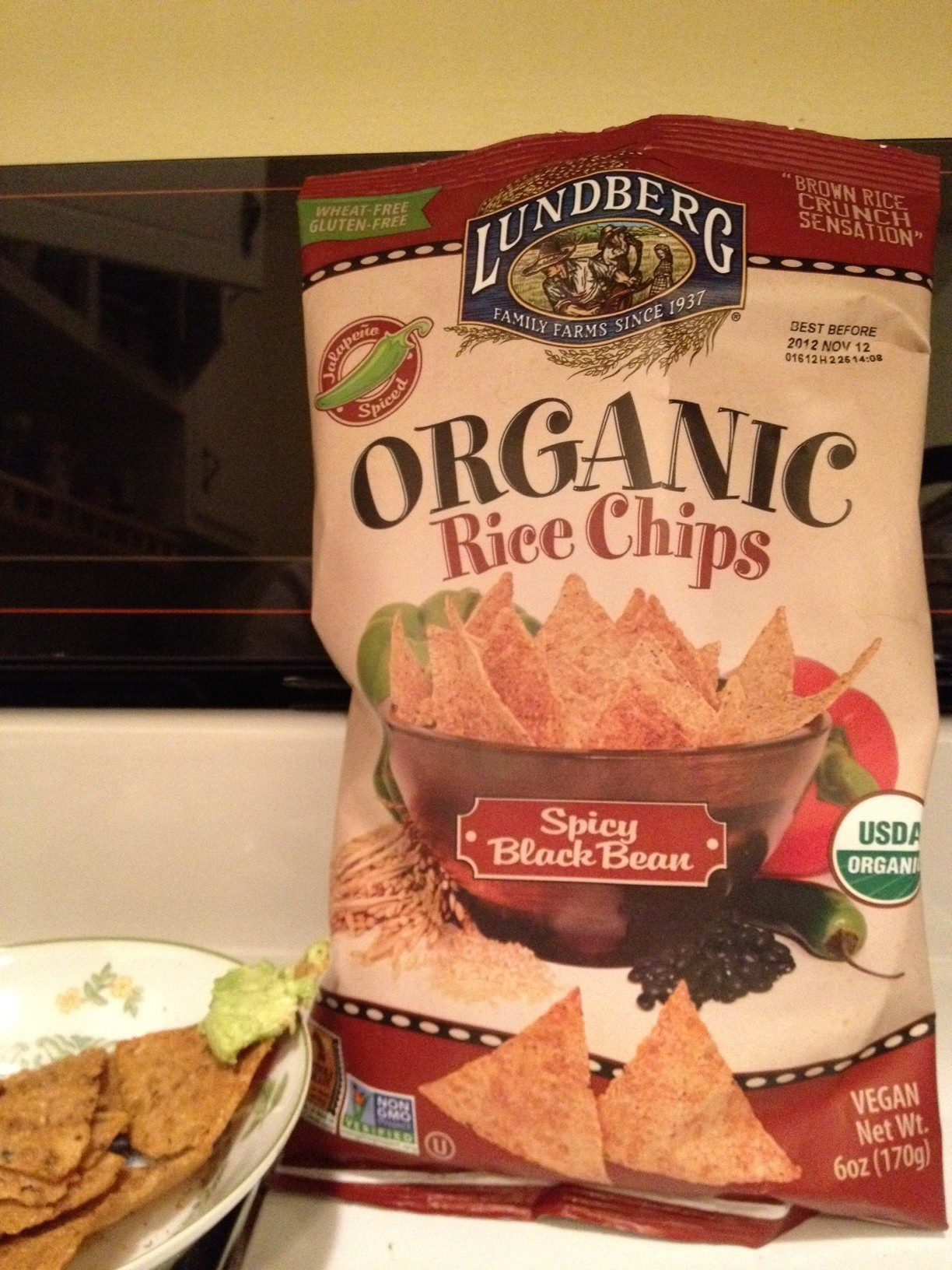 Accidentally Vegan: Spicy Black Bean Organic Brown Rice Chips from Lundberg Family Farms!