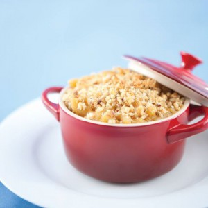 "Vegan Recipe - Baked Macaroni and ""Cheese"" with a Spelt Breadcrumb Topping"
