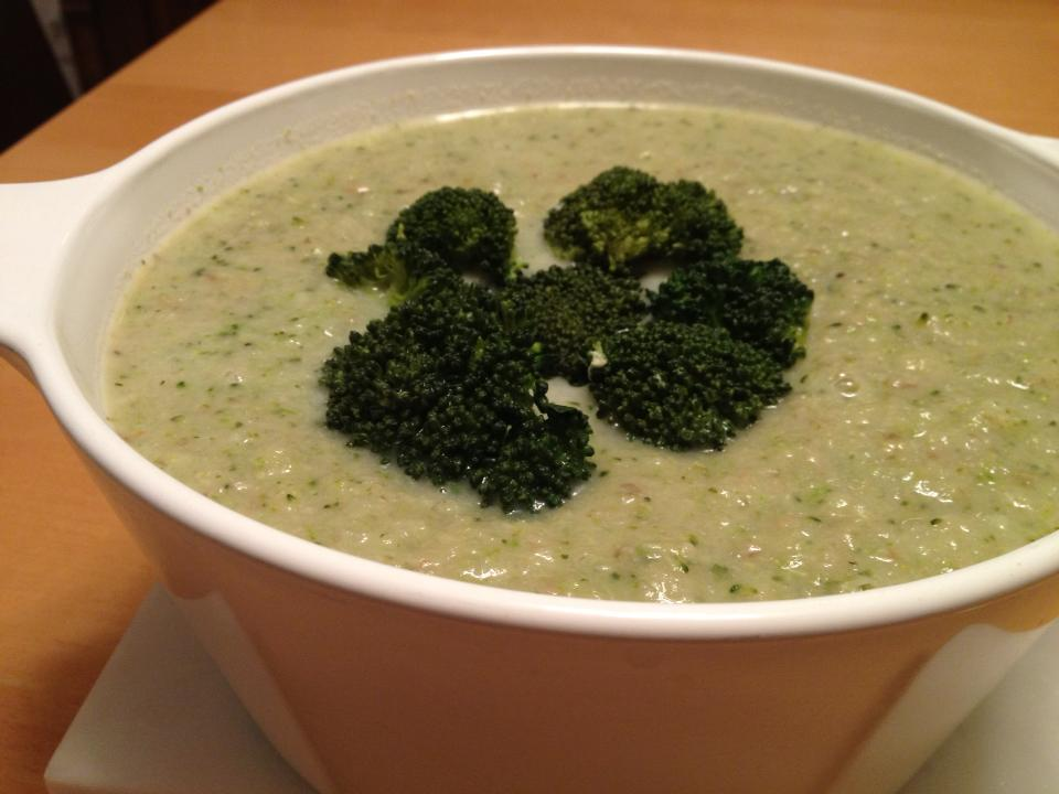 """Cream"" of Broccoli Soup"