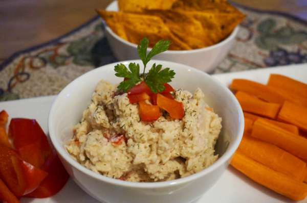 "Vegan Recipe - ""Cheezy"" Cashew Dip"