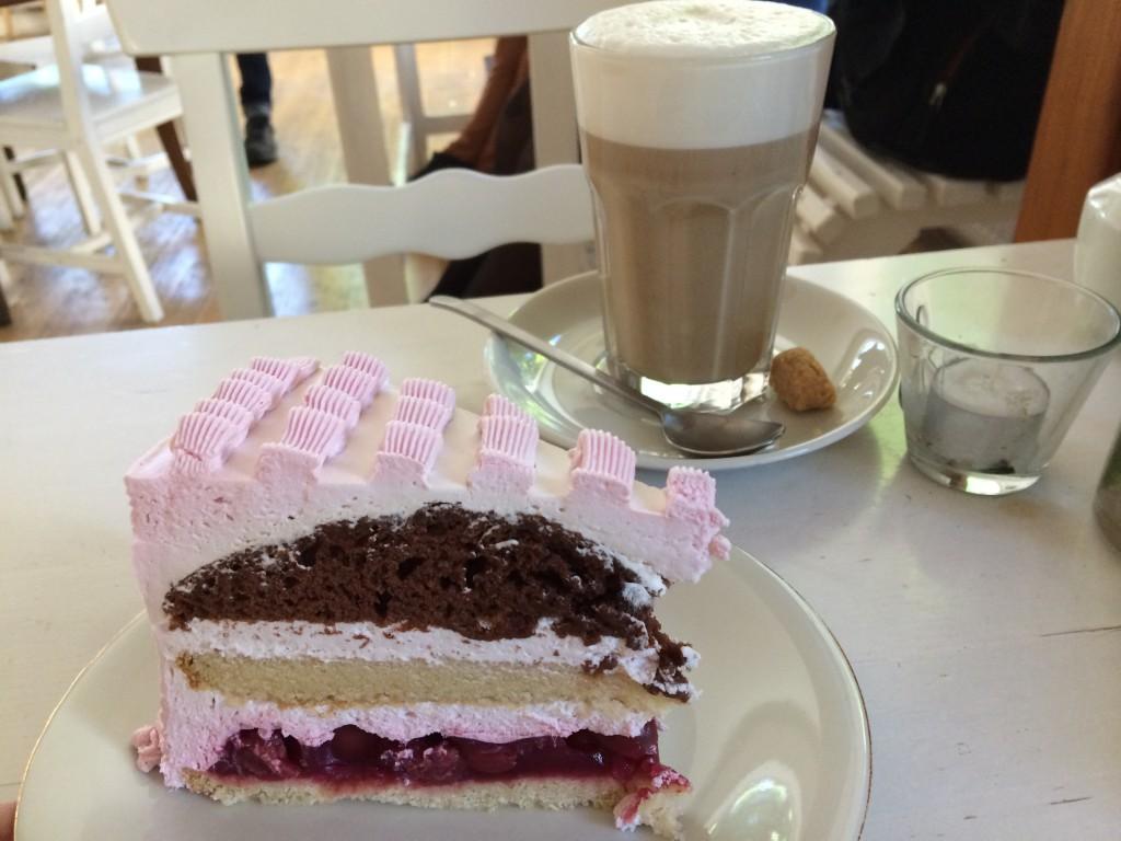 Cafe Vux vegan cafe berlin